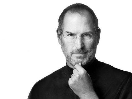 Steve Jobs hayata veda etti