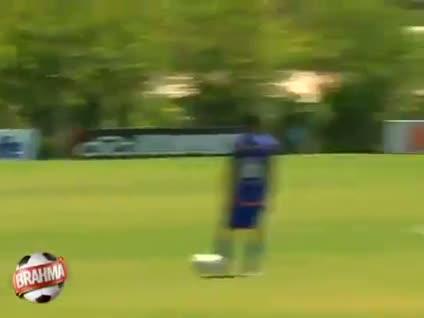 Ronaldinho'dan falso dersi!