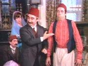 Unutulmaz Kemal Sunal sahneleri 1