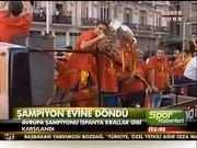 Avrupa Şampiyonu İspanya, evine döndü
