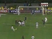 Neymar'dan müthiş frikik golü!