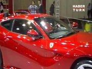 İstanbul Autoshow 2012'nin gözdesi Ferrari!