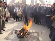 Bakan Eroğlu, Nevruz ateşini yaktı!