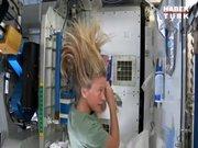 Uzayda saç yıkama
