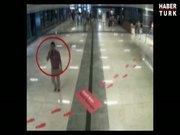 'Palalının' havaalanı görüntüleri güvenlik kamerasında