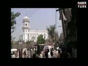 Pakistan'da kiliseye saldırı: 5O ölü!