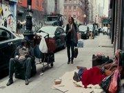 Sevdiğiniz sokakta bir evsiz olsa onu tanır mıydınız?
