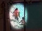 Çocukları havuzda elektrik çarptı!