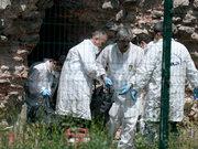 Fatih'te surların dibinde yanmış ceset bulundu