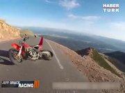 Gökten düşen motosikletli