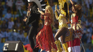 Kapanış Shakira'dan!