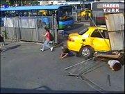 İşte Kabataş'taki otobüs kazası