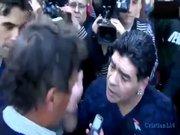 Maradona'dan gazeteciye tokat