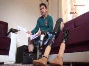 Gazinin protez bacağına haciz geldi!