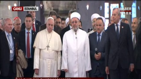 Papa Sultanahmet'te!