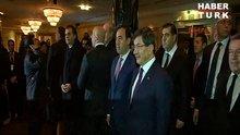 Başbakan Davutoğlu'na marş sürprizi