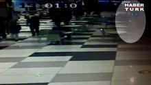 AVM'deki cinayet anı güvenlik kamerasında!
