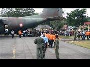 Düşen AirAsia uçağının iki büyük parçası bulundu
