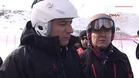 Bakanın kar keyfi