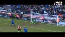 İngiltere'de şaşırtan penaltı!