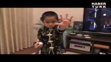 Bruce Lee yeniden doğmuş!