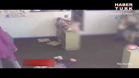 15 aylık çocuğa bakıcı şiddeti!