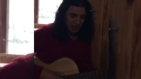 Murat Kekilli Özgecan İçin Şarkı Yazdı
