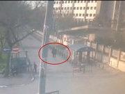 Emniyet Müdürlüğü'ne saldırı anı kemarada
