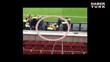 Spahic Bayern Münih maçında güvenlikle kavga etti