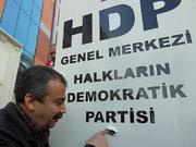 Yalçın Akdoğan'dan saldırıya ilk tepki