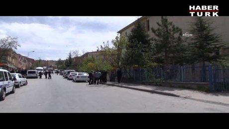 PTT şubesine gelen silahlı şahıs, bir kişiyi yaraladı