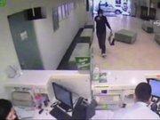 Şişli'deki banka soygunu güvenlik kamerasında
