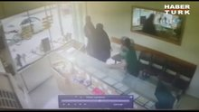 Adana'da çarşafla kuyumcu soygunu girişimi!