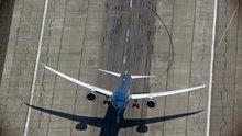 Yolcu uçağından akrobatik hareketler!