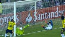 Brezilya Kolombiya maçında ilginç kurtarış