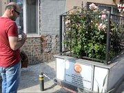 Bursa'da görenleri şaşırtan şehit mezarı