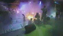 Konserde yangın