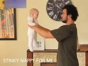 Bebek tutmanın farklı şekilleri