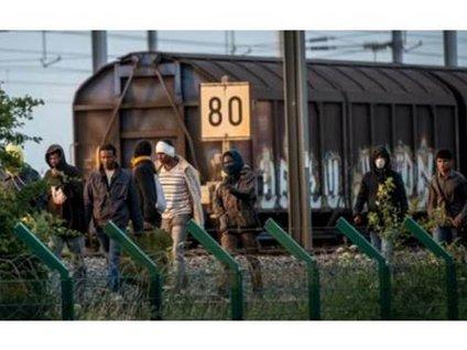 Manş Tüneli'nde göçmen dramı