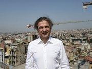 Taksim'de camiye yeşil ışık