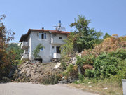 Zonguldak'ta heyelan: 3 bina ve bir okul yerle bir oldu