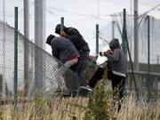 Manş Tüneli'nde göçmen dramı yaşanıyor