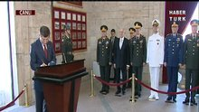Başbakan Anıtkabir'de
