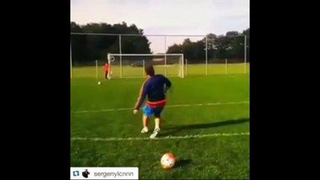 Sergen Yalçın'dan müthiş frikik golü