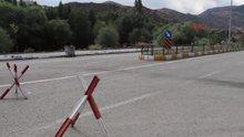Teröristler yol kesti, minibüs şoförünü öldürdü
