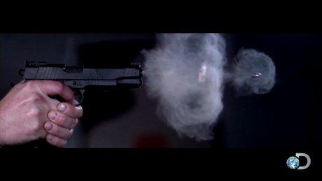Yavaş çekim tabanca