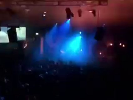 Konserdeki inanılmaz ışık gösterisi