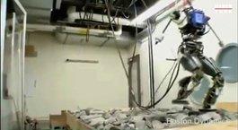 Google'ın 150 kiloluk robotu!