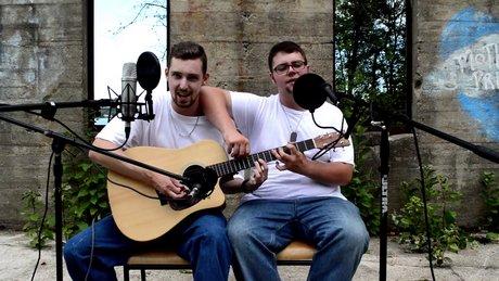2 Adam 1 Gitar