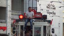 Taksim'de tehlikeli yolculuk
